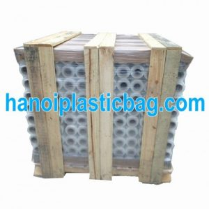 Strech film for pallet loads