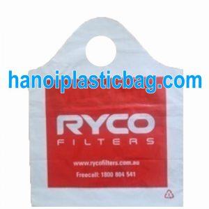 Plastic curve top carrier bags